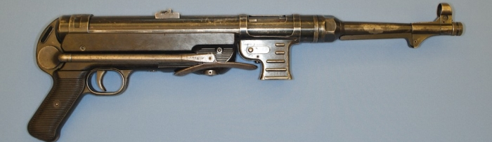 MP-40-Machine-Gun-large2